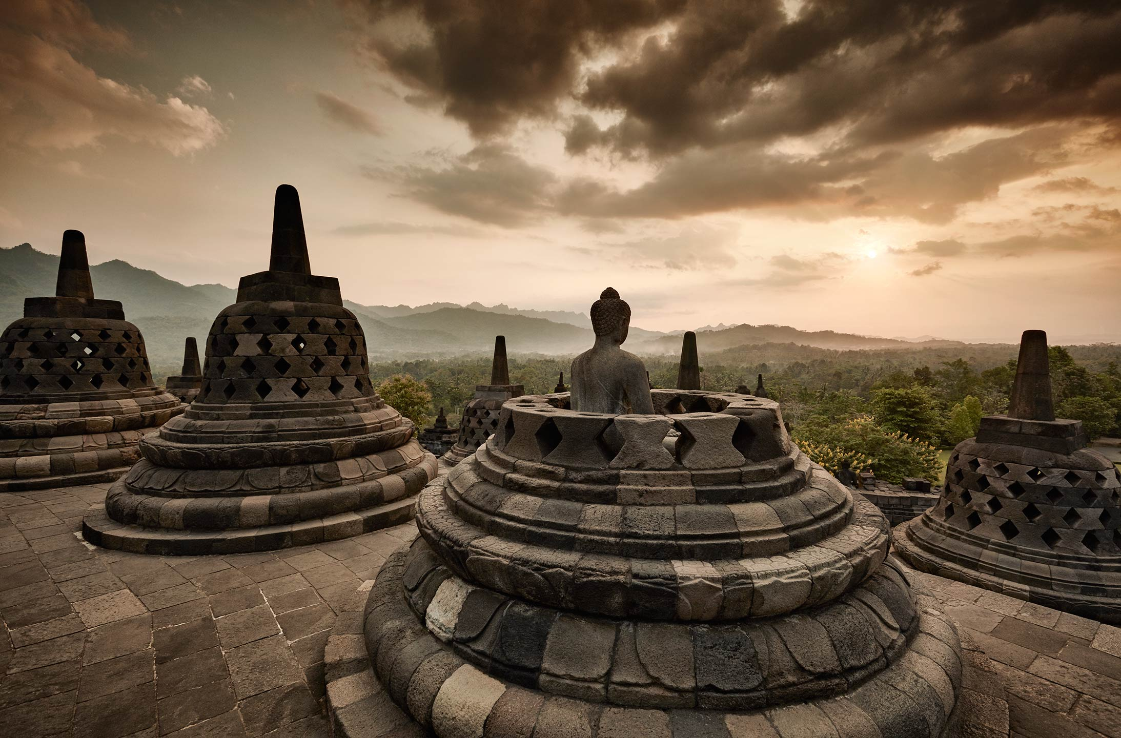 places_java_borobudor_01