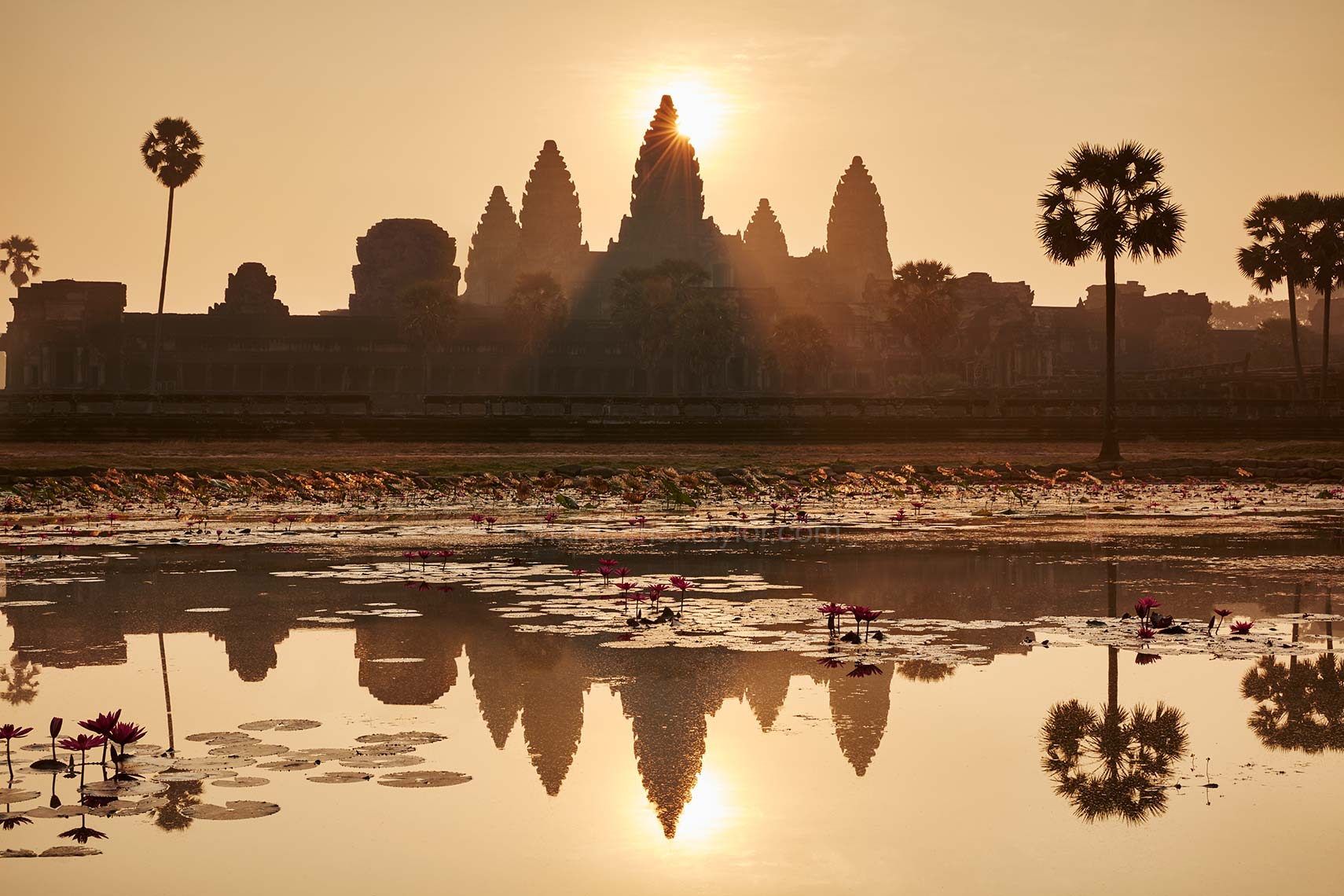 places_siem_reap_angkor_wat_01